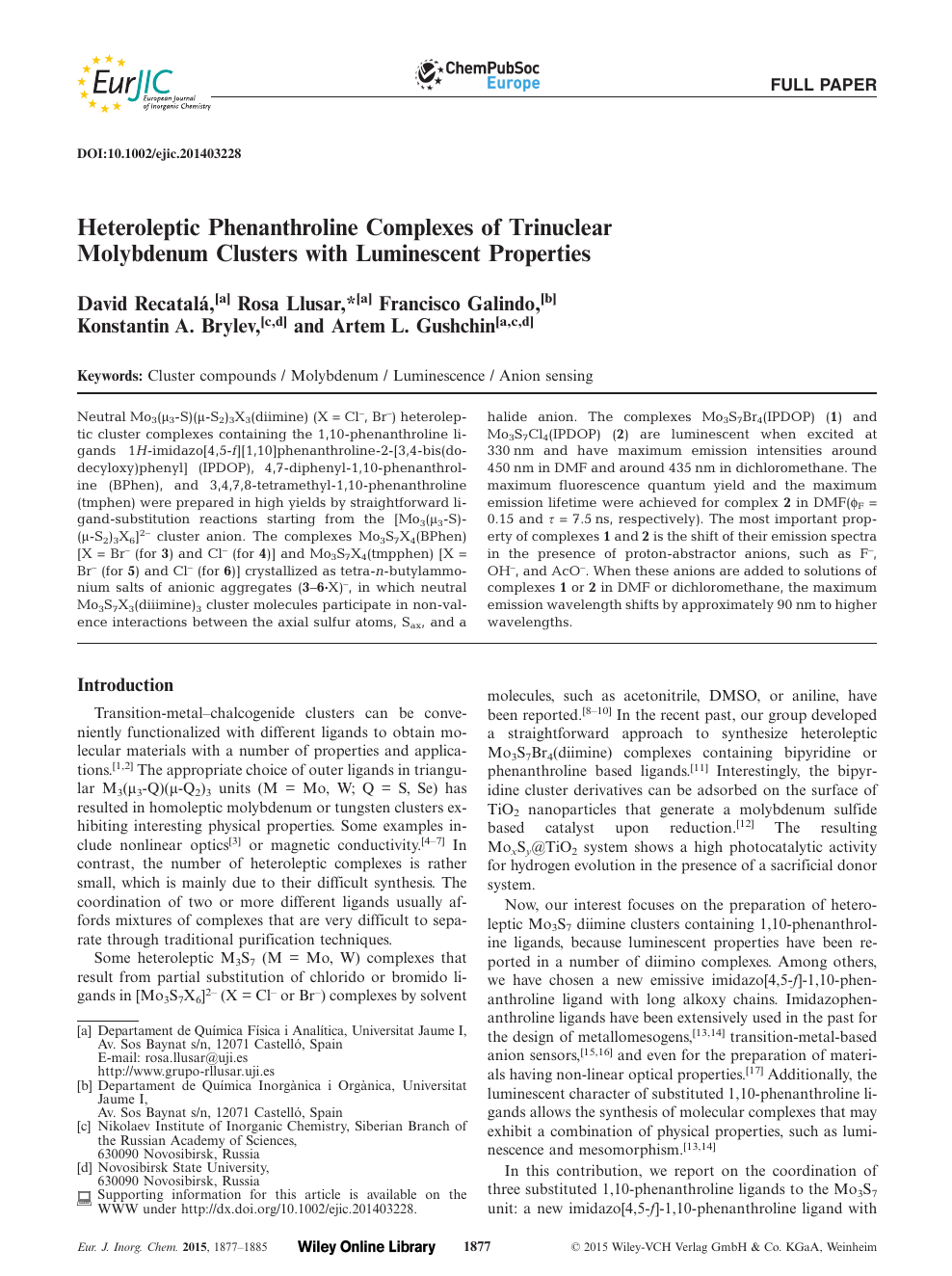 Heteroleptic Phenanthroline Complexes of Trinuclear Molybdenum