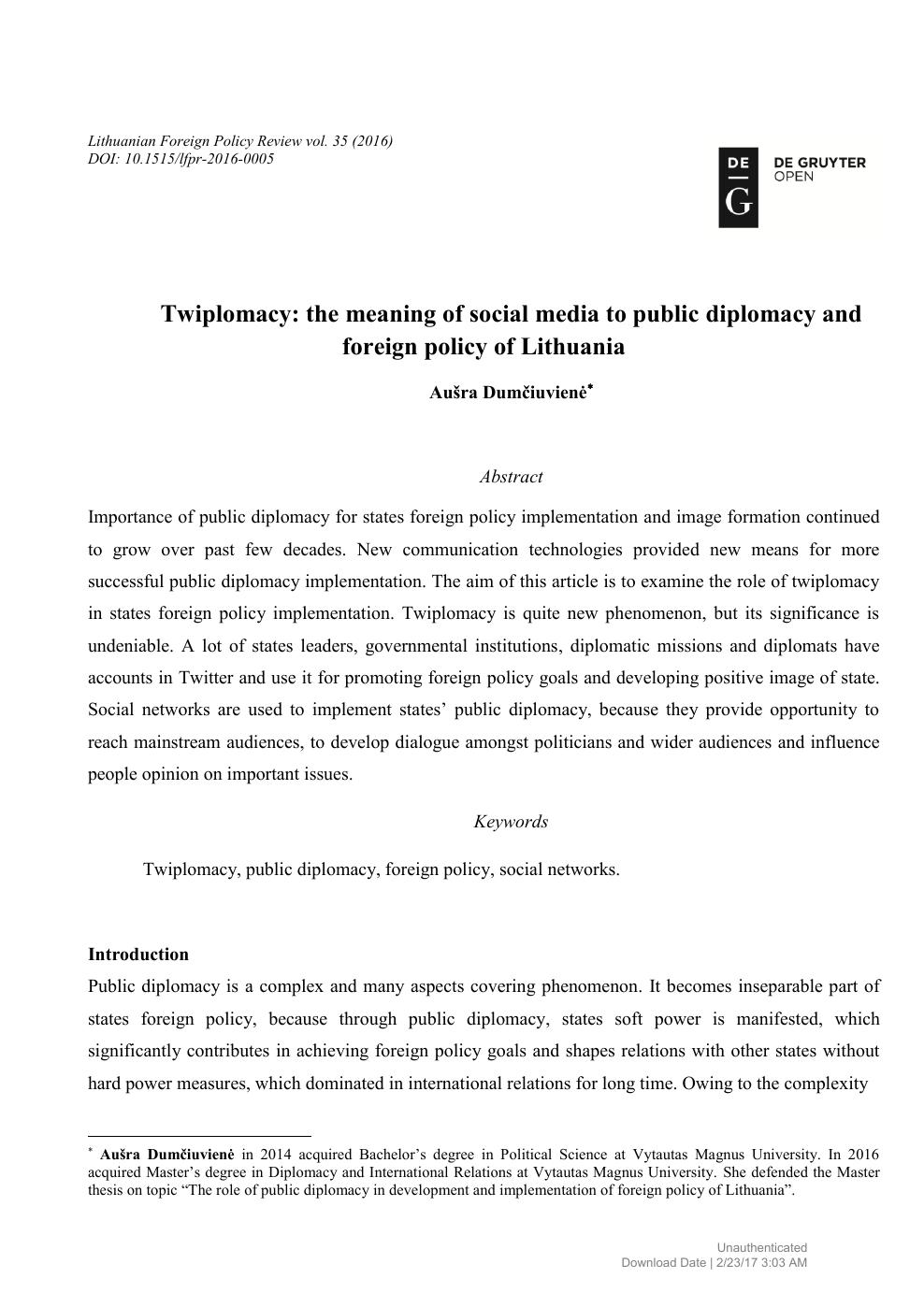 social media term paper topics